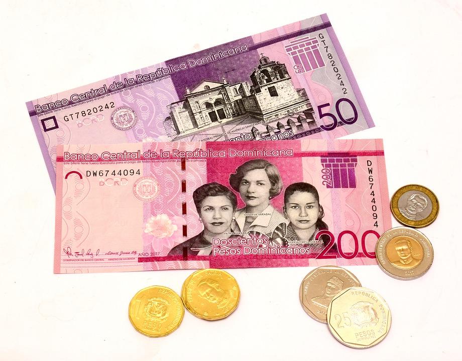 dominikánské peníze